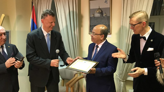 Russia-2020-09-30-New Ambassadors for Peace Honored at Embassy Event