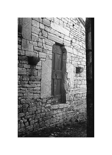 Gerfalco, old door. (on Explore! ⭐️ November 17, 2020)