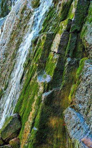 eechillington nikond7500 viewnxi bellscanyon water rocks hiking utah weathering