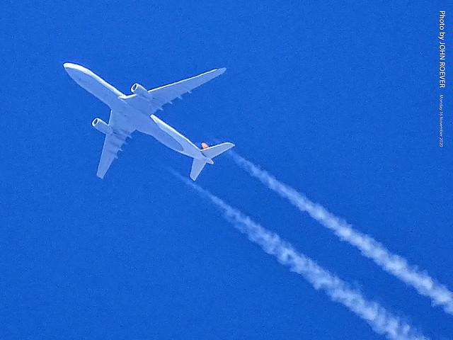 Lufthansa A330 (Frankfurt to Houston) flying over Olathe, 16 Nov 2020