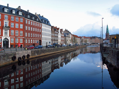canonpowershotg12 morning morningscenery nybrogade nybrogadestreet canal reflection reflections copenhagen københavn denmark danmark nordiccountries scandinavia