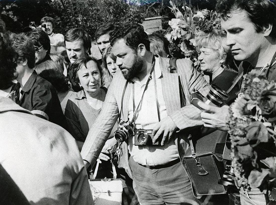 1980. Похороны Владимира Высоцкого. ул. Чкалова (Земляной вал). 28 июля (3)