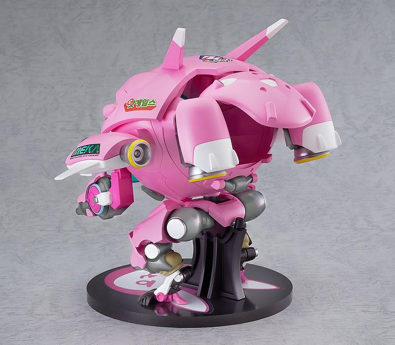 巨大黏土人《鬥陣特攻》戰鬥機甲「MEKA 經典造型版」系統運行中!D.Va準備戰鬥!