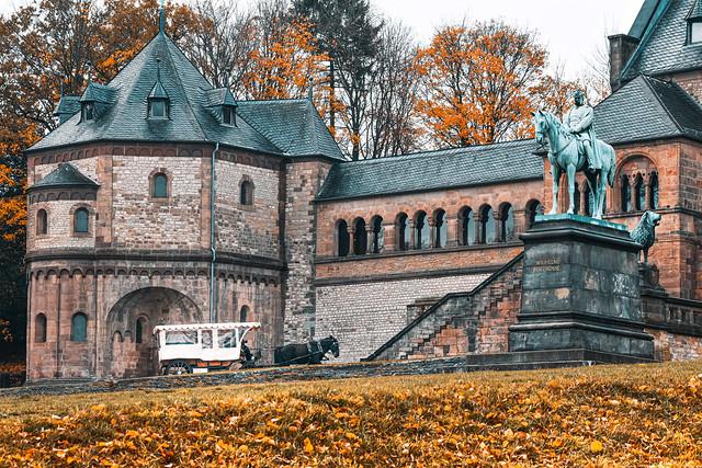 An der Kaiserpfalz...