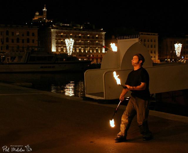 le-jongleur-de-feu