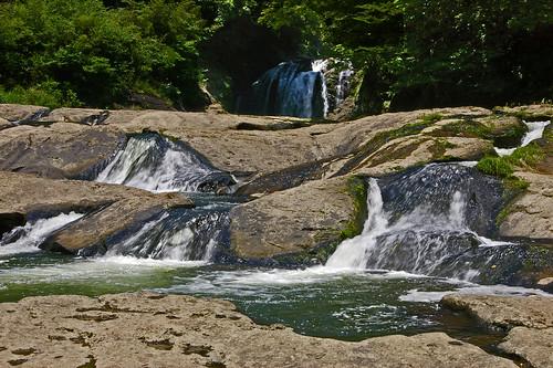 japan kyushu kumamoto yamato yabe waterfalls falls