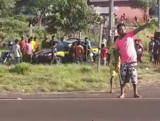 Ataque indígenas a policiais