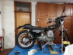 Vista laterale Moto Guzzi V50