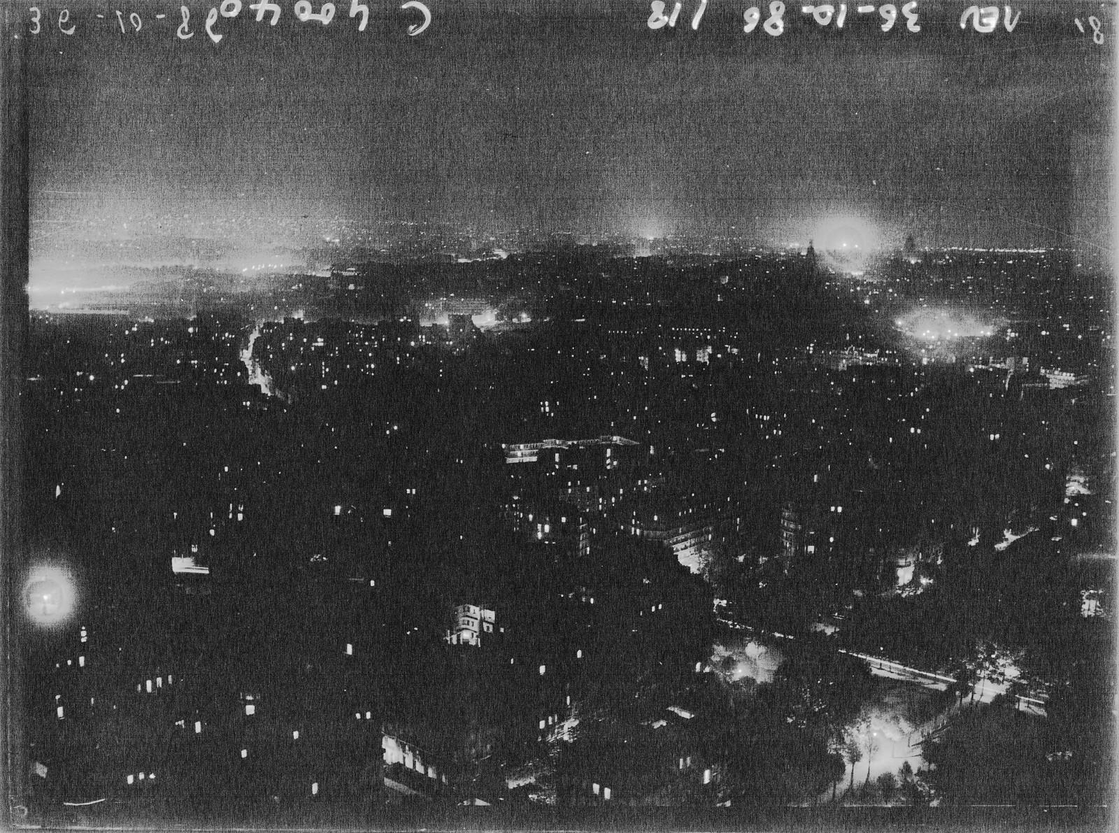 14. 1936. Париж перед тем, как погаснет свет (вид с Эйфелевой башни)