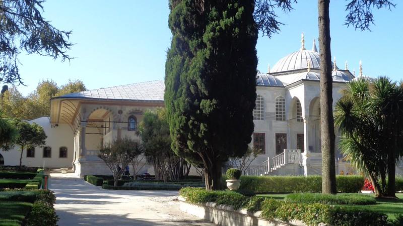034-библиотека Ахмеда III и зал Аудиенций