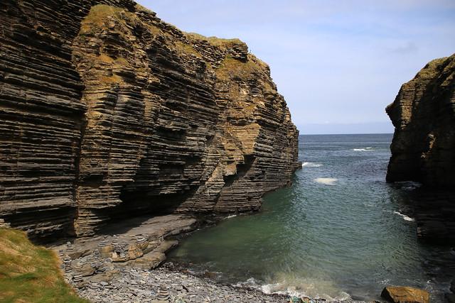 The coast east of Castle Sinclair Girnigoe