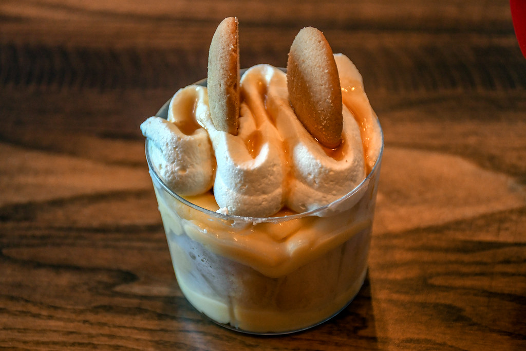 Regal Eagle Smokehouse banana pudding Epcot