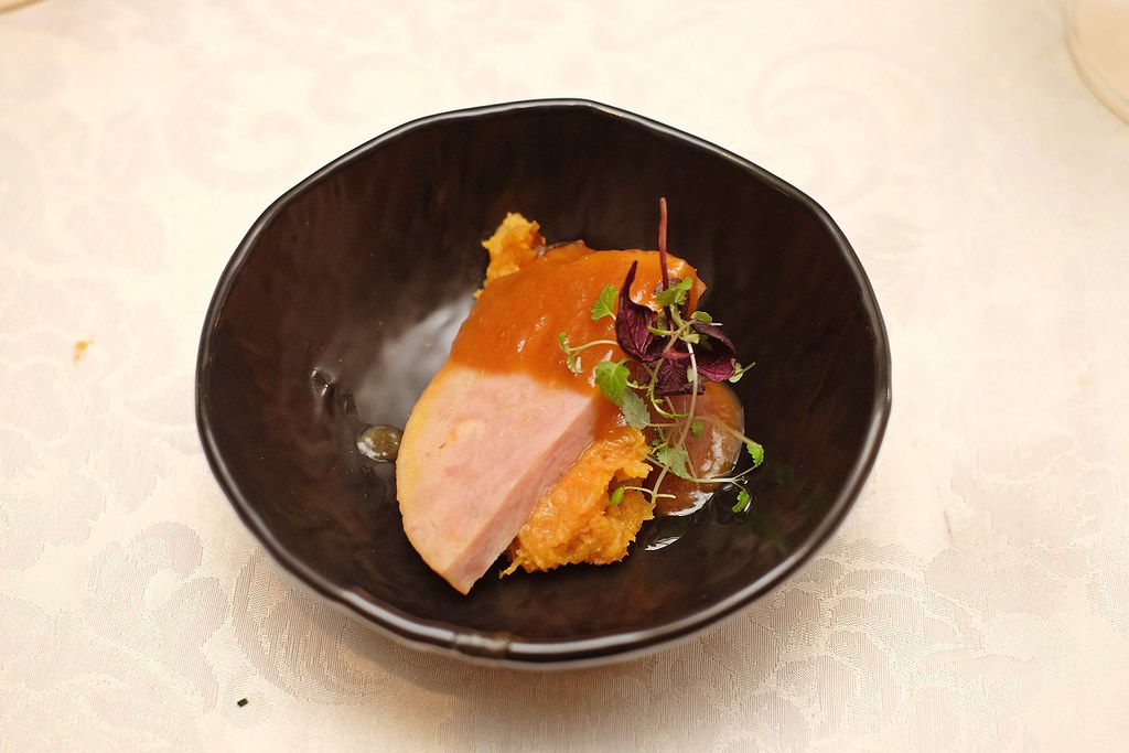 conrad centennial singapore christmas 2020-Truffle Honey Glazed Boneless Ham