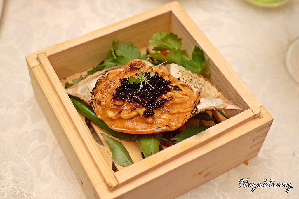 conrad centennial singapore christmas 2020-Stuffed Crab Shell
