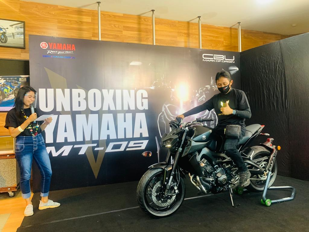 All New Yamaha MT-09 Bali Unboxing