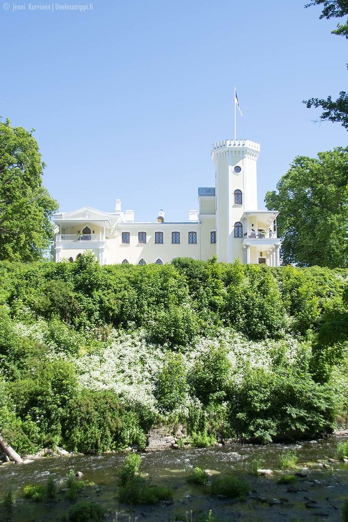 Uusgoottilainen linna Keila-Joan puistossa