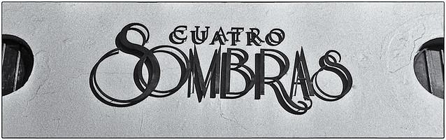 Cuatro Sombras (Four Shadows)