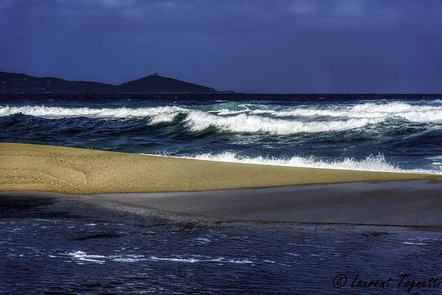 tempête sur la plage de Capo Lauroso
