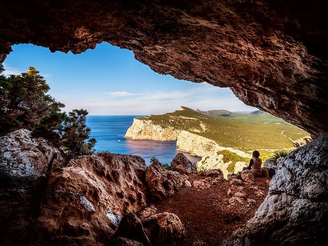 Grotta dei Vasi Rotti (on Explore)