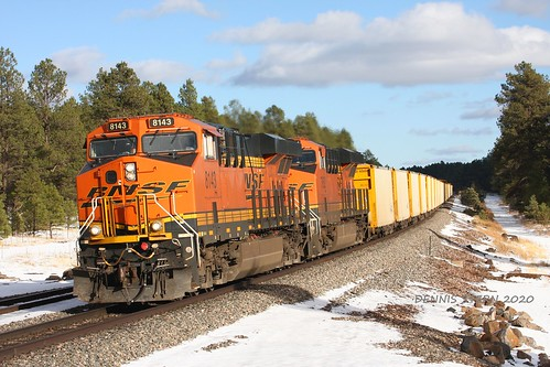 bnsf gees44c4 locomotive ballasttrain herzogballasttrain railroad train snow transcon seligmansub williams arizona