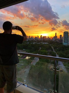 @guentheralex takes his #sunset documentation seriously | by superkimbo