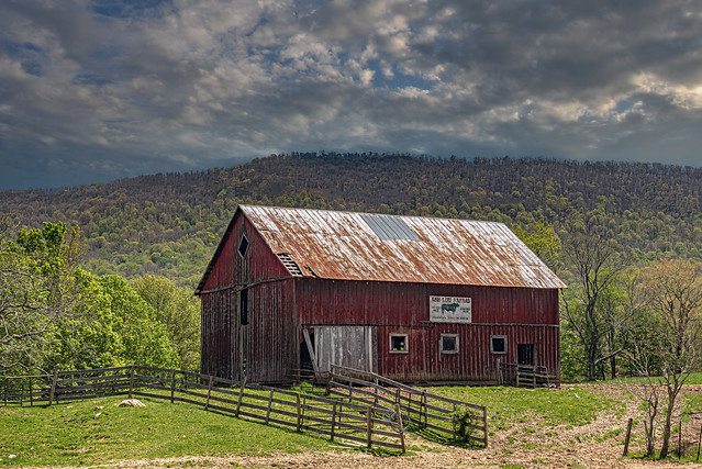 Gap Mills Barn (Explored)