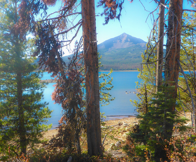 Mt McLoughlin and Four Mile lake from Badger Lake Trail, Sky Lakes Wilderness, Southern Oregon