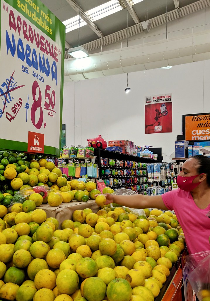 Fresh Juicing Oranges - US$0.42 / Kg