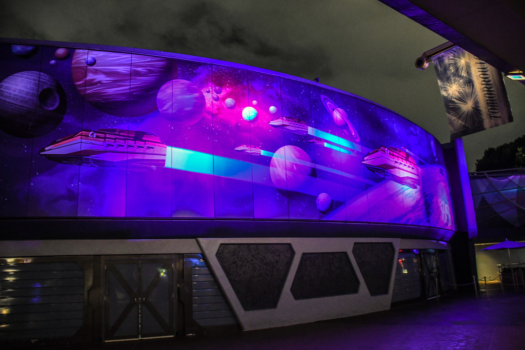 Tomorrowland mural planets DL