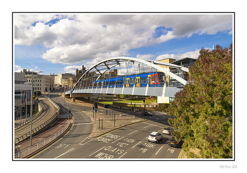 sheffield southyorkshire 2020 jo outdoor photoborder canoneos1dxmarkii canonef24105mmf4lisii bridge road tram electrictram city buildings cityscape sky clouds transport uk