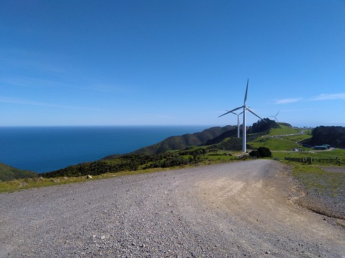 <p>Today was Xterra West Wind. <br /> Unfortunately my ankle wasn't strong enough to handle the course I had signed up for, so instead I volunteered as a parking marshall. To return my high vis vest, I got to drive through some of the wind farm.</p>