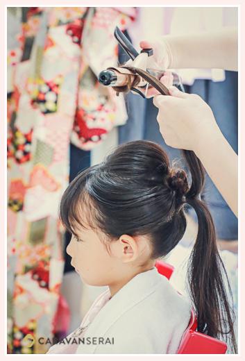 七五三 お支度シーン 日本髪を結う