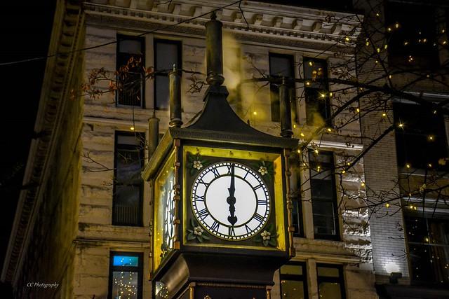 BLOW OFF STEAM - World's First Steam Powered Clock - Gastown, BC