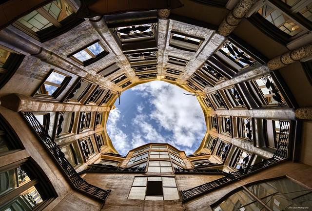 Butterfly Courtyard / La Pedrera - Casa Milà