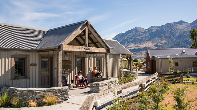 Camp Glenorchy Eco Retreat. Credits- Camp Glenorchy