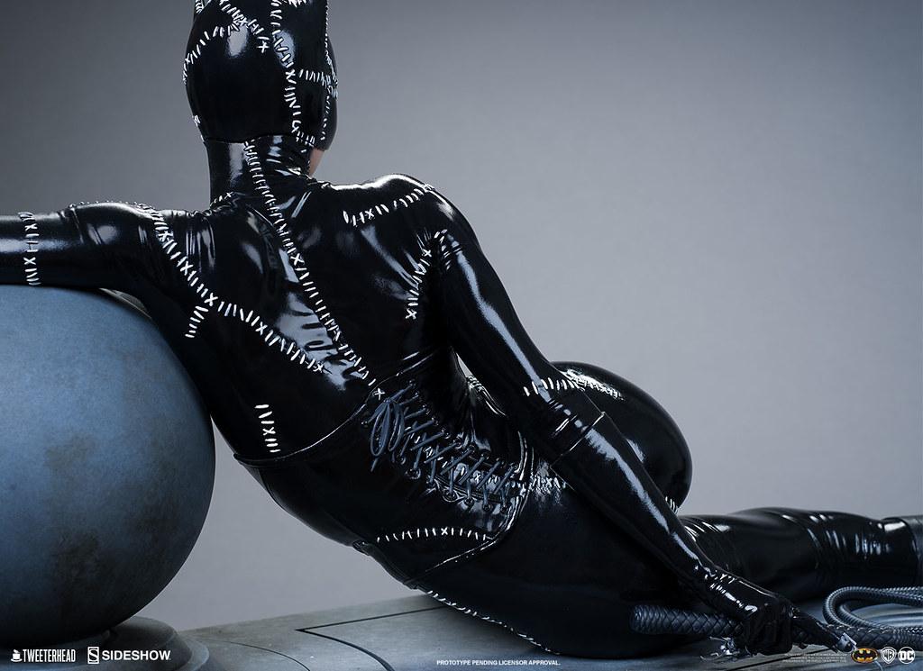 Tweeterhead《蝙蝠俠大顯神威》貓女 1/4比例全身雕像!黑色貼身皮衣散發危險魅力