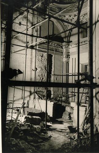 Armazém de demolição de interiores
