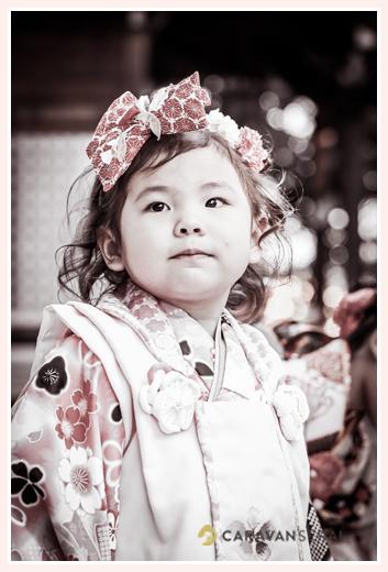 七五三 3歳の女の子 頭には大きなリボン ヘアスタイル