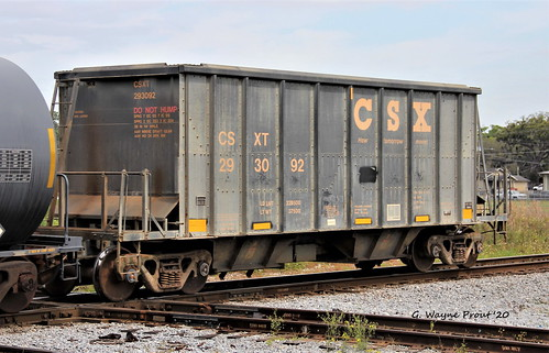 csxt293092openhoppercarcsxrailroad csxt293092openhoppercar csxrailroad csxt293092 openhoppercar csxt 293092 open hoppercar hopper car therobertwwillafordrailroadmuseum plantcityviewingplatform historicdowntownplantcity plantcity hillsboroughcounty florida usa prout geraldwayneprout canon canoneos60d eos 60d digital dslr camera canonlensef70300mmf456isusm lens ef70300mmf456isusm photographed photography rollingstock rail railway transport equipment ore phosphate transportation railroad tracks hillsborough county stateofflorida