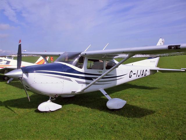 G-IJAG  -  Cessna 182 Skylane c/n 182-81683  -  EGBK 4/9/10