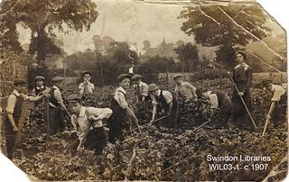 c. 1907: South Marston Schoolmistress and pupils (nr. Swindon)