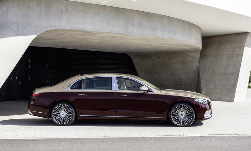 2021-Mercedes-Maybach-S-Class-5