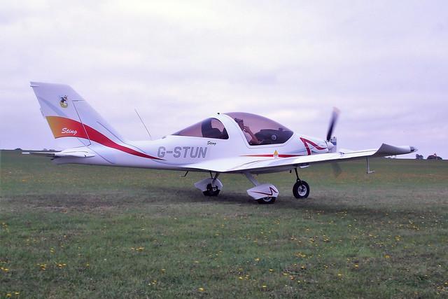 G-STUN  -  Sting Sport TL-2000UK c/n LAA-347-14897  -  EGBK 3/9/11