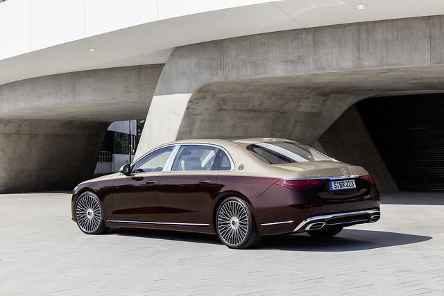 2021-Mercedes-Maybach-S-Class-7