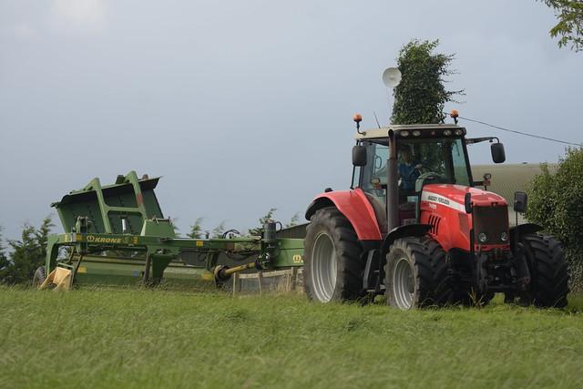 Massey Ferguson 7495 Dyna VT Tractor with a Krone Easy Cut Trailed Mower