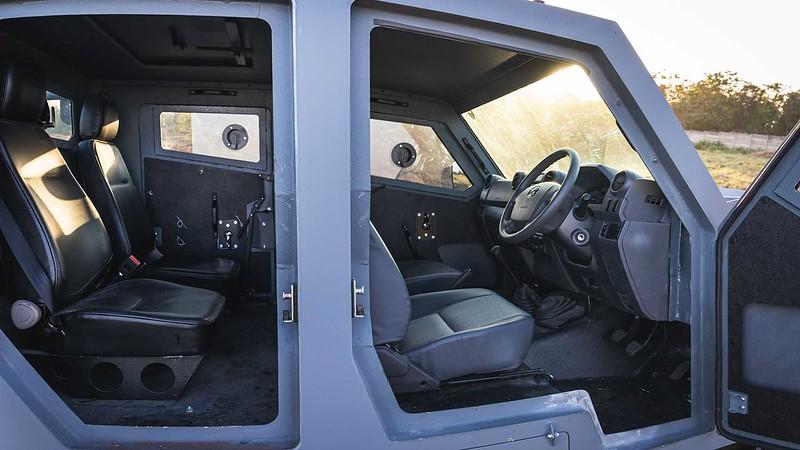 svi-max-3-toyota-land-cruiser-doors-open