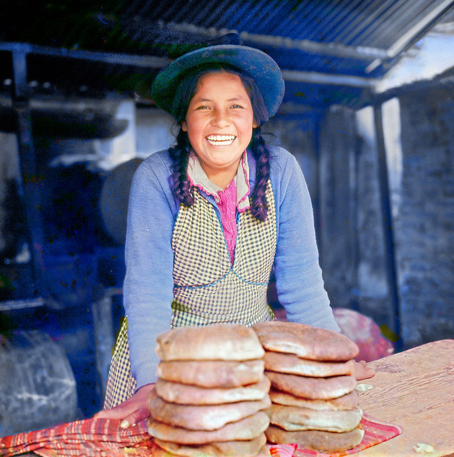Sierra bread sold with a smile, Huancayo - Perú