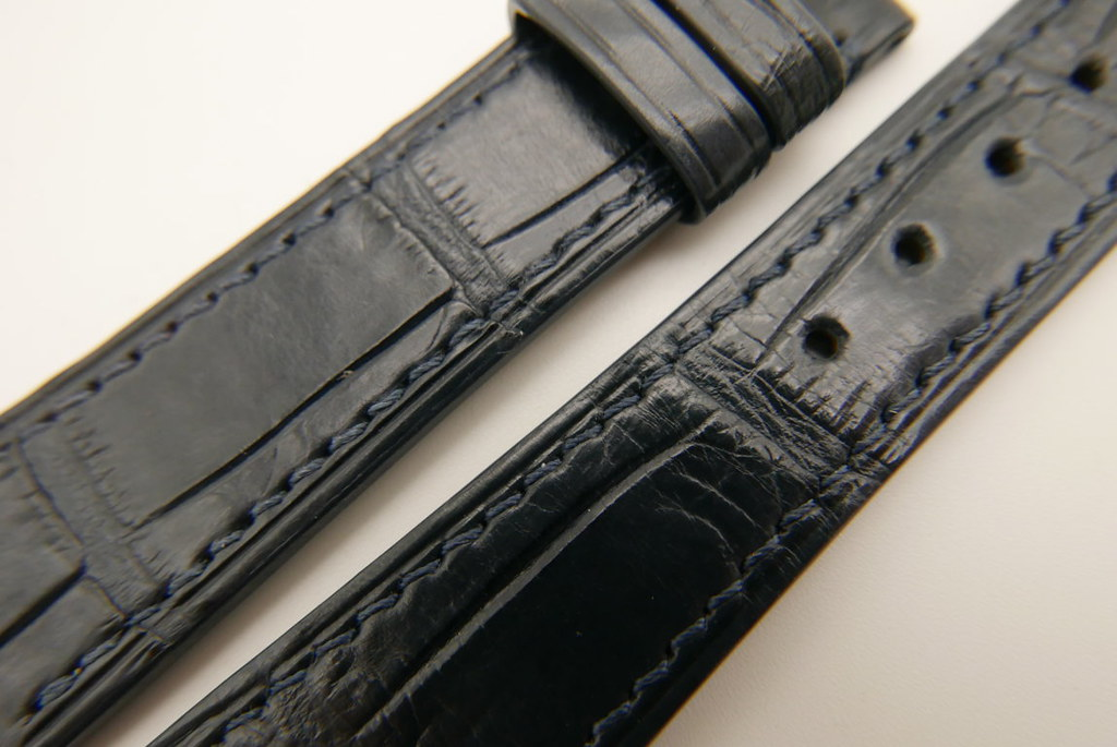 P1720942 (FILEminimizer) | by Ziczac Leather