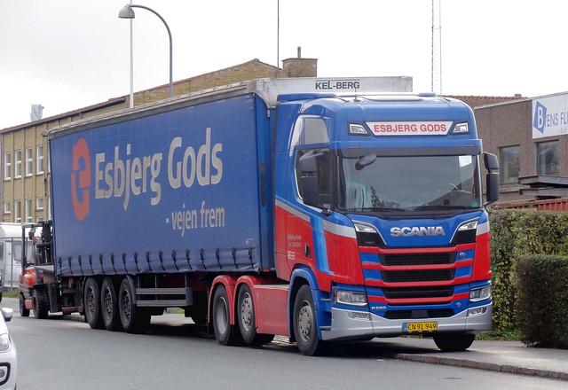Scania R520 v8 CN91949