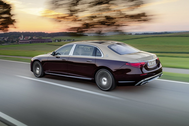2021-Mercedes-Maybach-S-Class-4